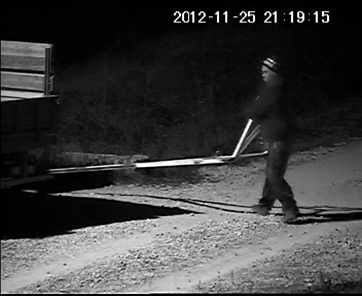 _1_vlcsnap-2012-12-08-21h21m51s184