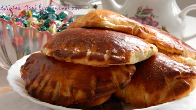 Пирожки с абрикосовым вареньем1