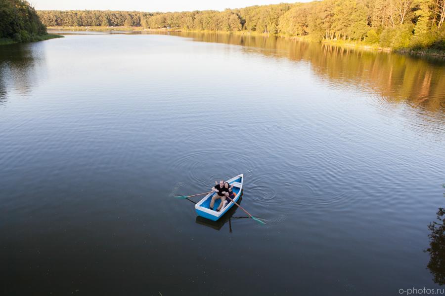фотосессия-на-лодке