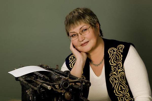 Ахметова Лайла Сейсембековна. Фото кафедры ЮНЕСКО КазНУ