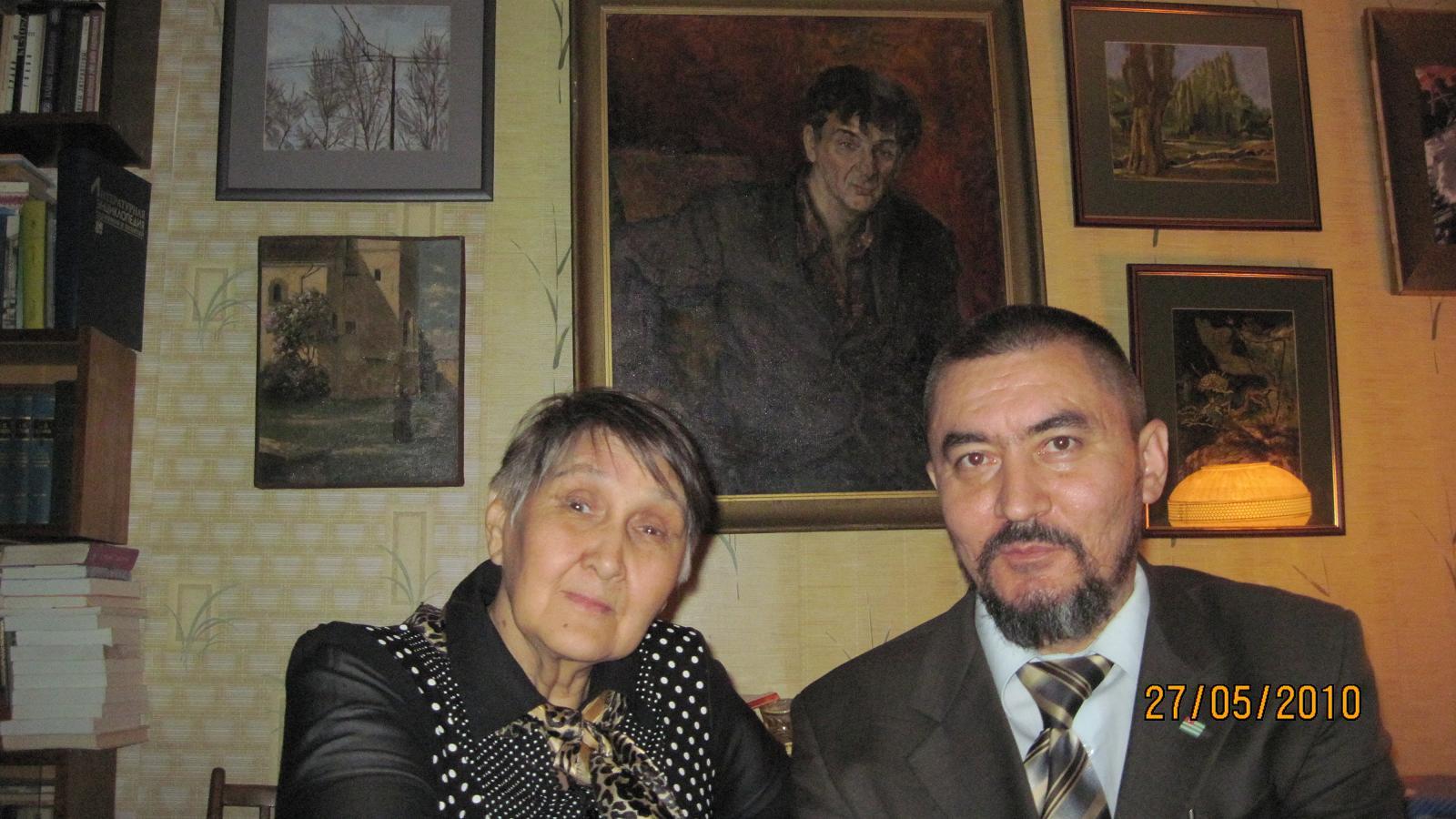 Dombrovskaya_20100527_02_Klara_Faizullaevna_i_Sobianin_Alexander-sm