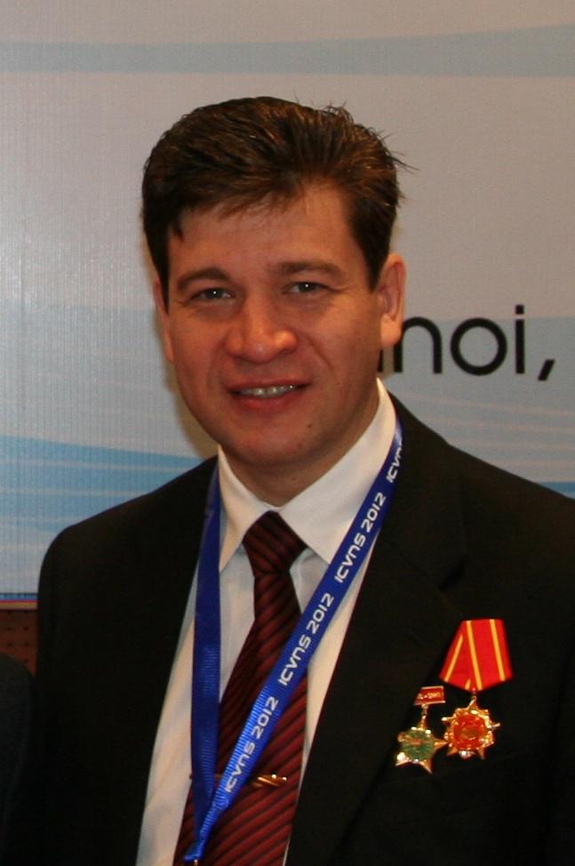 Kolotov_Vladimir_Nikolaevich_2012_11_29_Hanoi_Orden_Druzhby_sm_sm