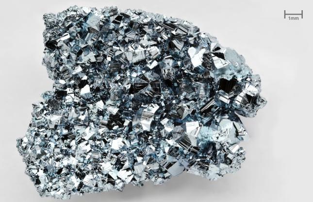 Osmium_crystals_sm