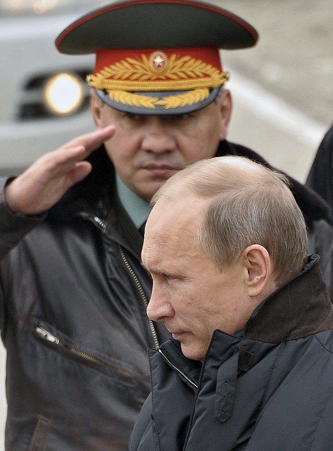 Putin_2013_03_29_Krasnodar_Raevski_polygon_Shoigu_Kommersant_Alexander_Miridonov