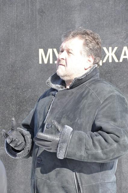 Dan_pamyati_2013_03_22_MGKEIT_02_sculptor_Zlotya_Yuri_Viktorovich_sm