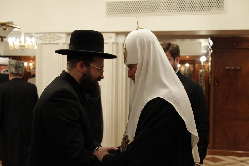 Gurevich_Aharon_2011_05_25_Patriarch_Kirill_congratulations_1_sm