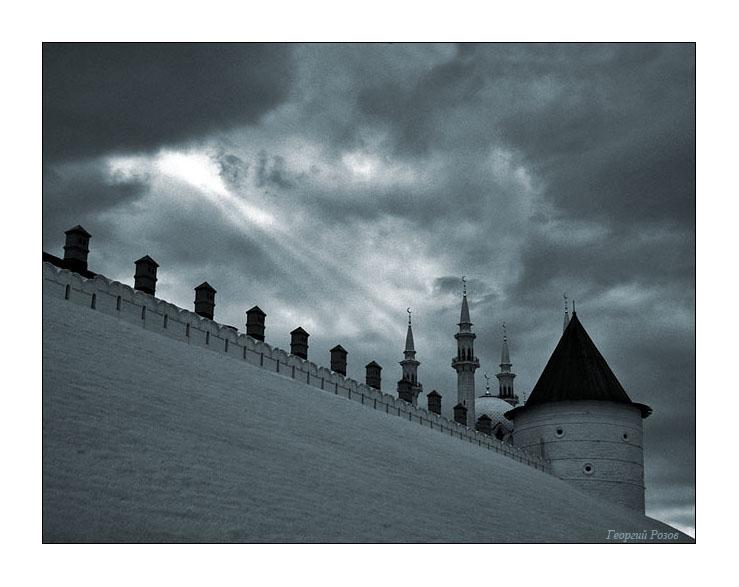 Kazan_2005_1000_years_18_Kremlin_Kul_Sharif_in_Kremlin_evening