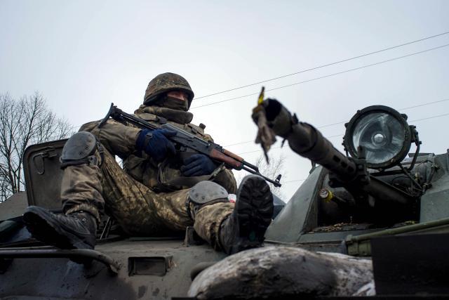 Euromaidan_2015_01_25_Stratfor_Red_Alert_Update_AFP_Oleksandr_Stashevskiy