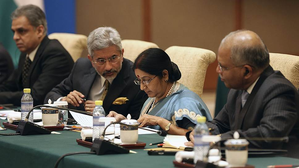 RIC_2012_02_02_Sushma_Svaraj_on_IMF_Reuters_Wu_Hong