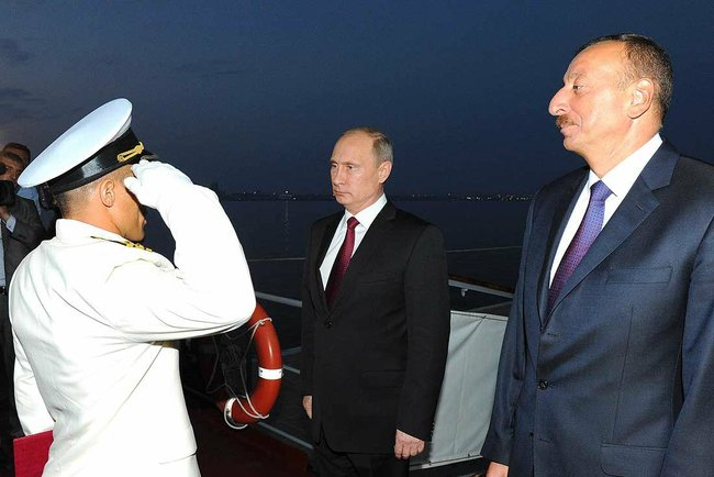 Putin_2013_08_13_Dagestan_MRK_3_katrerang_Miriev_Vussal_report_Kommersant