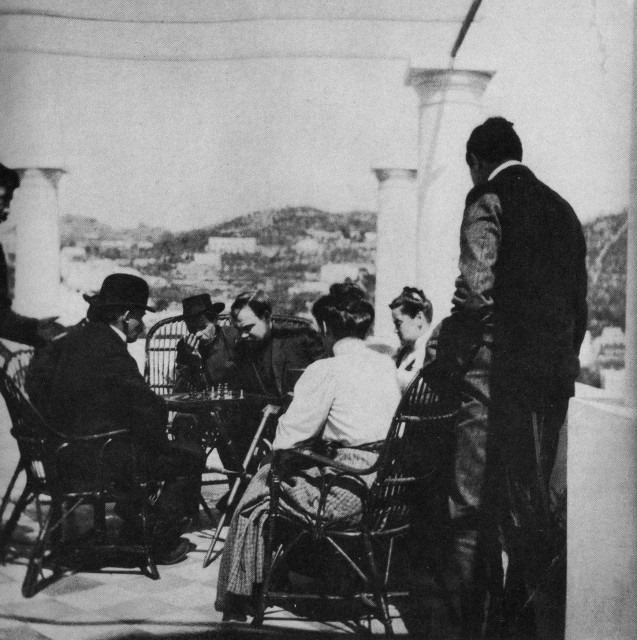 Lenin_chess_Bogdanov_Gorki_Lenin_on_Capri_2_RGAKFD_archive