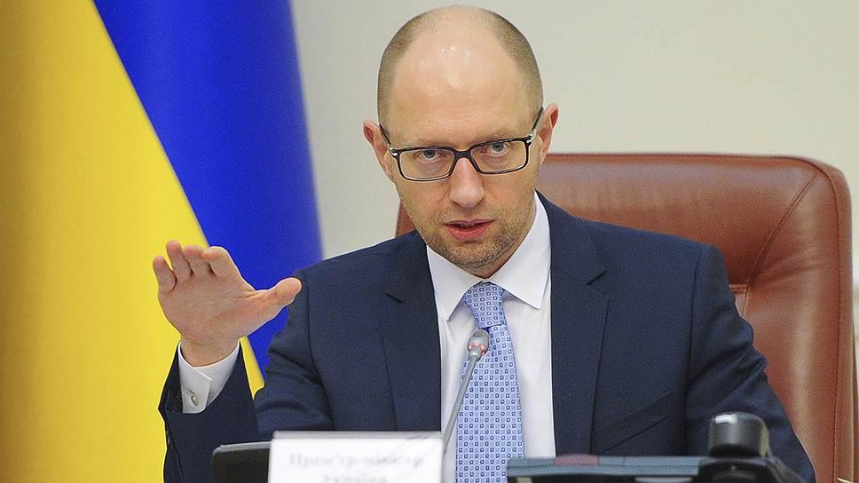 Yatsenyuk_Arseniy_Petrovich_2014_07_20_Reuters_Andrew_Kravchenko