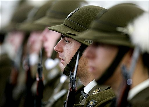 army_casks_line