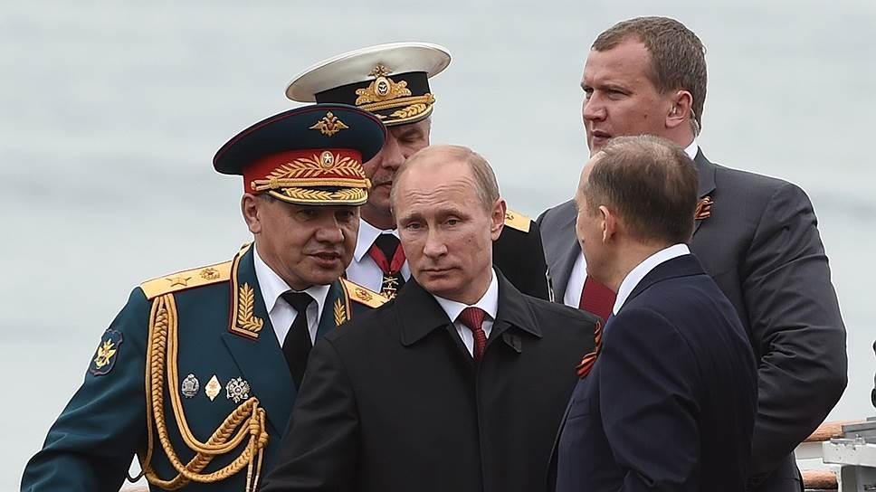 Putin_2014_05_09_Sevastopol_1_Kommersant_Dmitri_Azarov