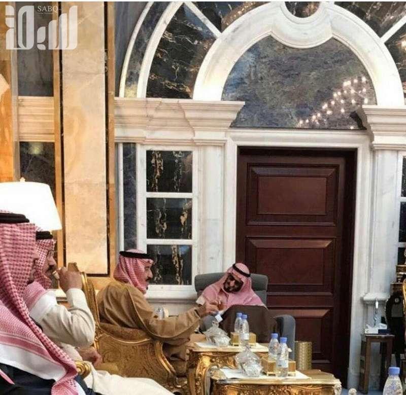 Служитель Двух Святынь почтил визитом своих братьев Бандара и Талала