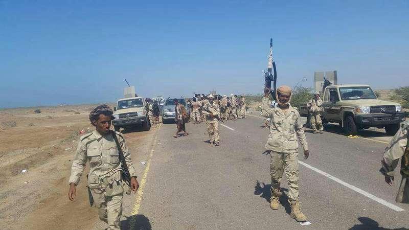 Армия Йемена приближается к порту Моха