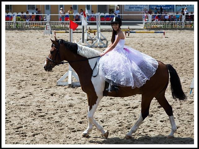 Открытие нового комплекса в конно-спортивной школе