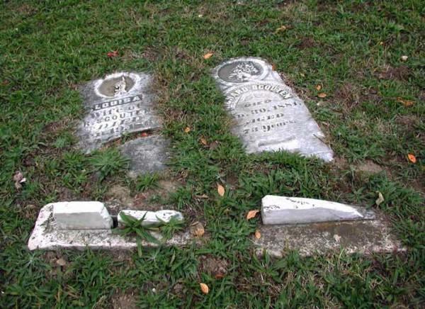 Stull-Cemetery-cemeteries-and-graveyards-730746_700_509