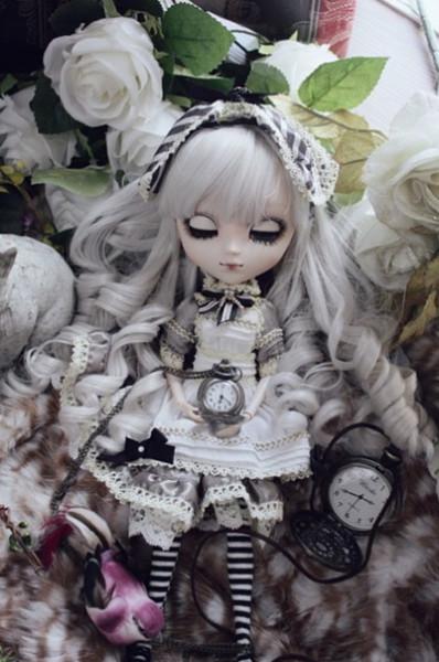 !Алиса сепия