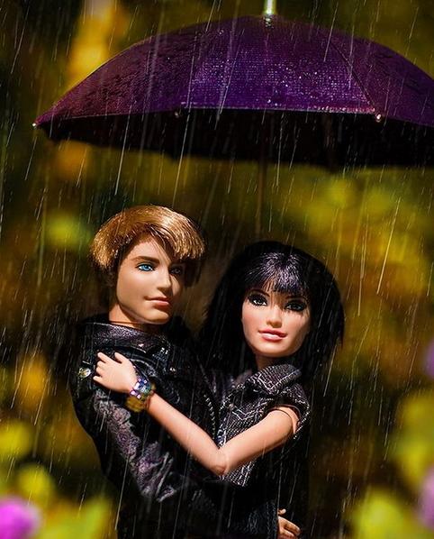 барби под дождём