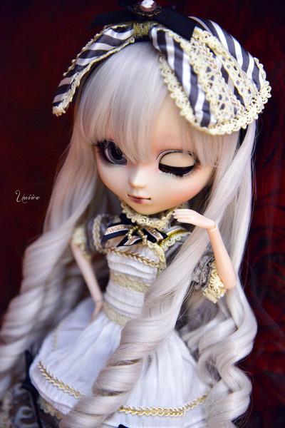 Umiiro Алиса сепия