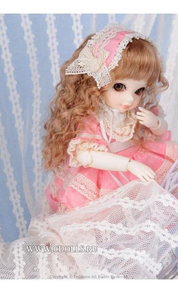 kukla-dollmore-i-am-a-secret-pink-dollmor-ya---tayna-v-rozovom-plate-9