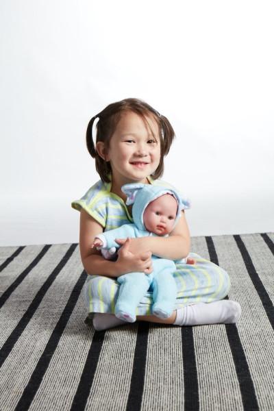 kukla-berenguer-boutique-blue-soft-body-baby-doll-play-elephant-berinzher-devochka-v-golubom-so-slonjonkom-38-sm-4