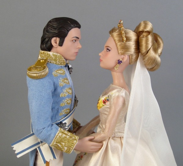 1-Cinderella-gazing1