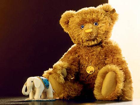 Steiff 125 Carat Teddy Bear, фото с сайта tedseclecticlot com
