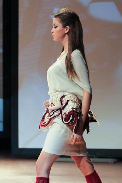 Yulia Loginova Design Kill Ur porcelain doll