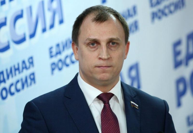 Депутат Сергей Вострецов