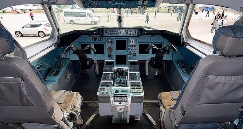 Кабина Ту-334. Фото: topwar.ru