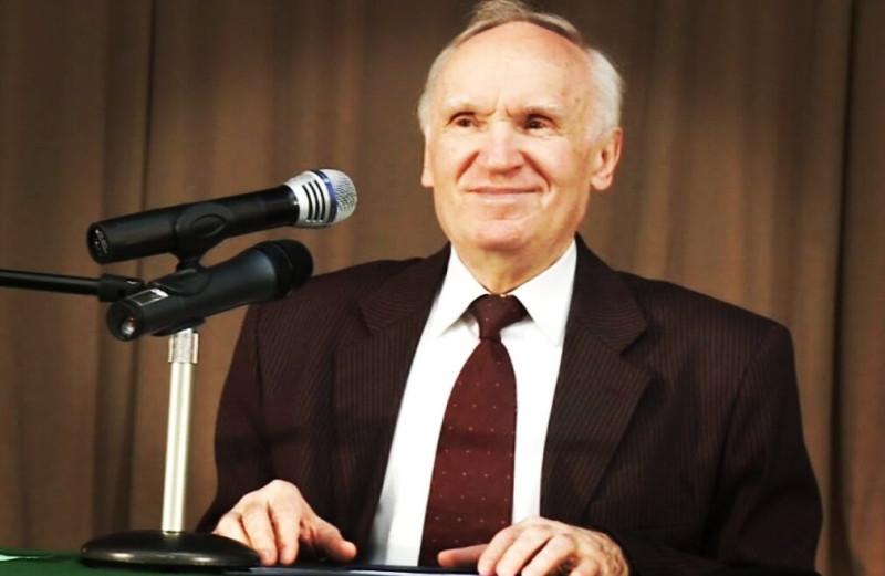 Алексей Ильич Осипов - профессор Московской духовной академии, доктор богословия, педагог, публицист, писатель, проповедник.