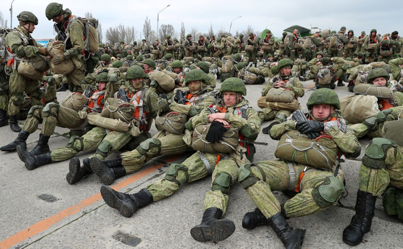 Проверка состава военно-транспортной авиации ВКС России в Таганроге (Фото: Эрик Романенко / ТАСС)