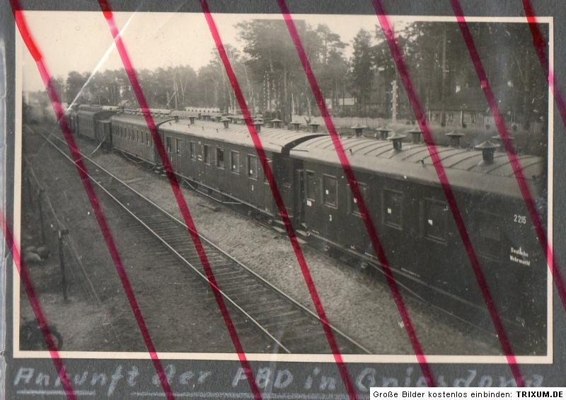 u35-Russland-Gniesdowa-Bahnhof-Zug-Eisenbahn-Lok-Lokomotive-Ankunft-FBD
