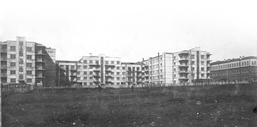 Первый дом специалистов на базарной площади