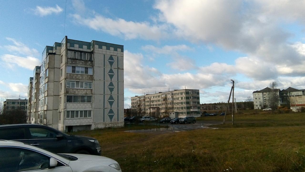 По дороге на ГАЭС остановились в задрипанном городке. Фото: SoLutova