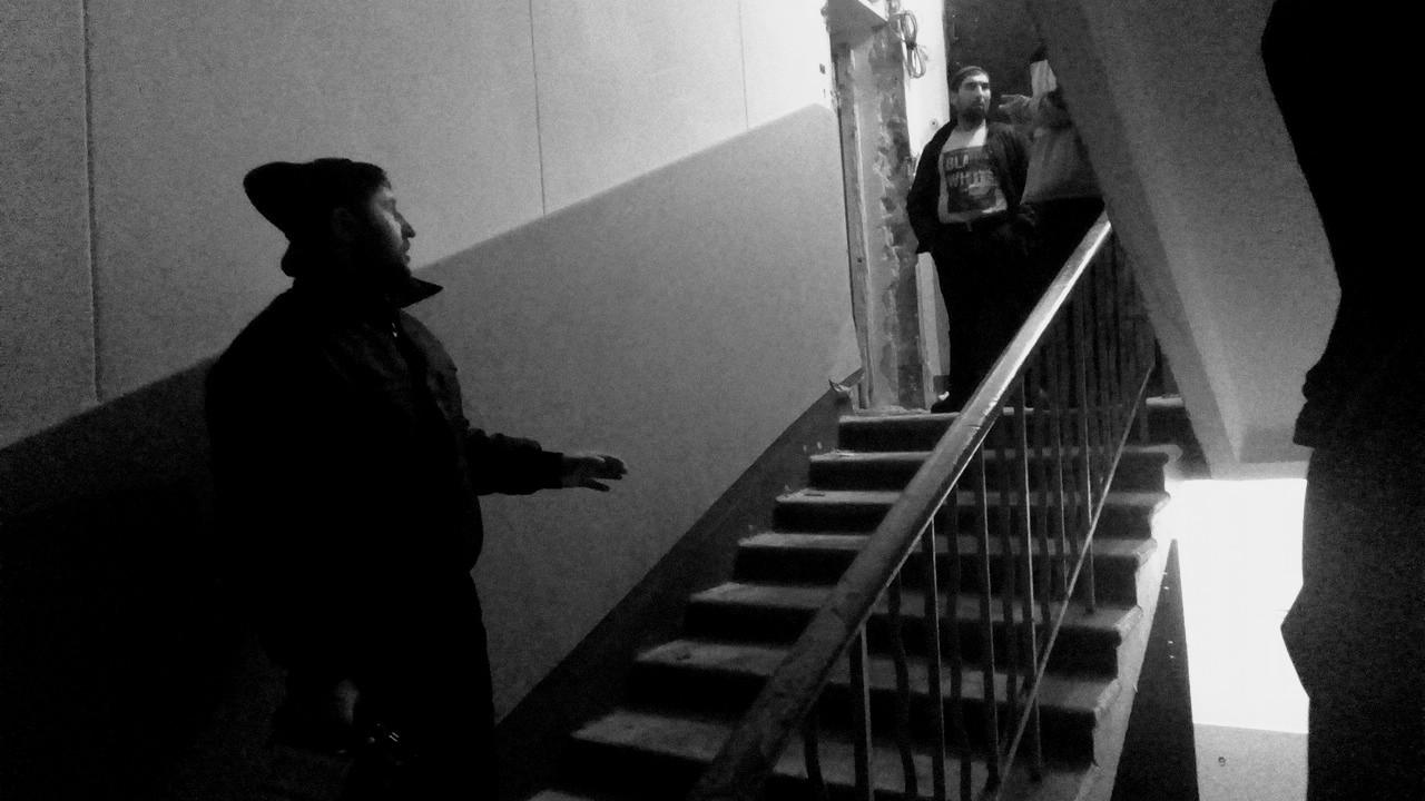 Гастарбайтеры, которые сдают нелегалам оставленные квартиры. Фото:  SoLutova