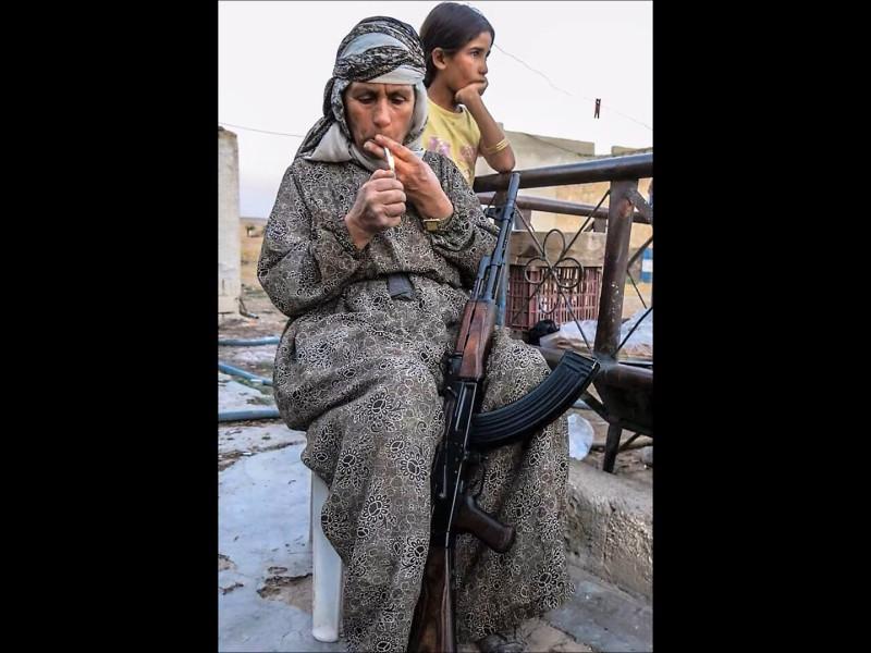 cap_Rojava 2_00_01_59_01.jpg
