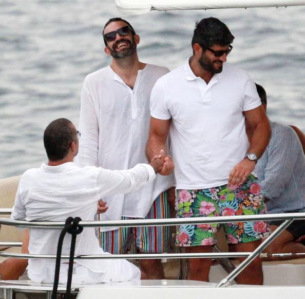 Геи, лесбиянки и прочие члены общества Singer+George+Michael+boyfriend+Fadi+Fawaz+geroXAkF42El