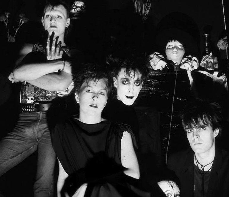 Готический рок. готический, группа, англичане, групп, альбом, группы, Роберт, готам, группе, снимки, стоит, конце, время, музыки, потом, снимка, весьма, самых, Кстати, некто