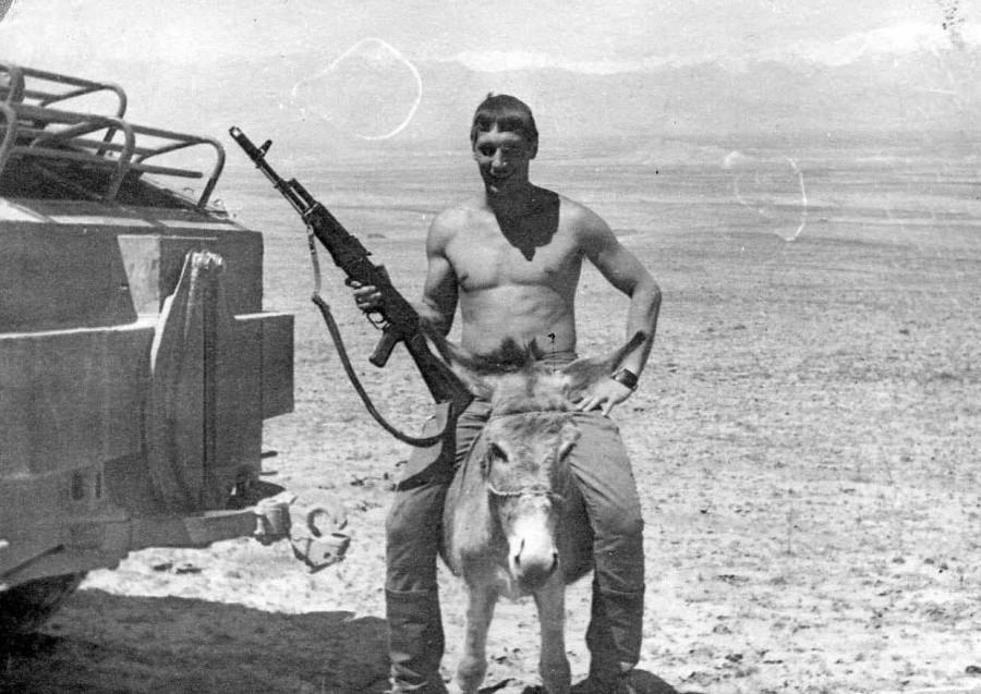 Мой брат Каин был в далёкой стране. Афганистане, человек, тысяч, наших, Естественно, именно, песня, войны, снимки, Афганистан, много, войне, культуре, почти, просто, Однако, понятно, снимков, Вьетнаме, читал