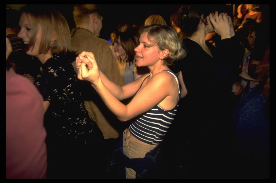 Фото русских девушек в ночном клубе вакансии в ночных клубах в москве гардеробщиком