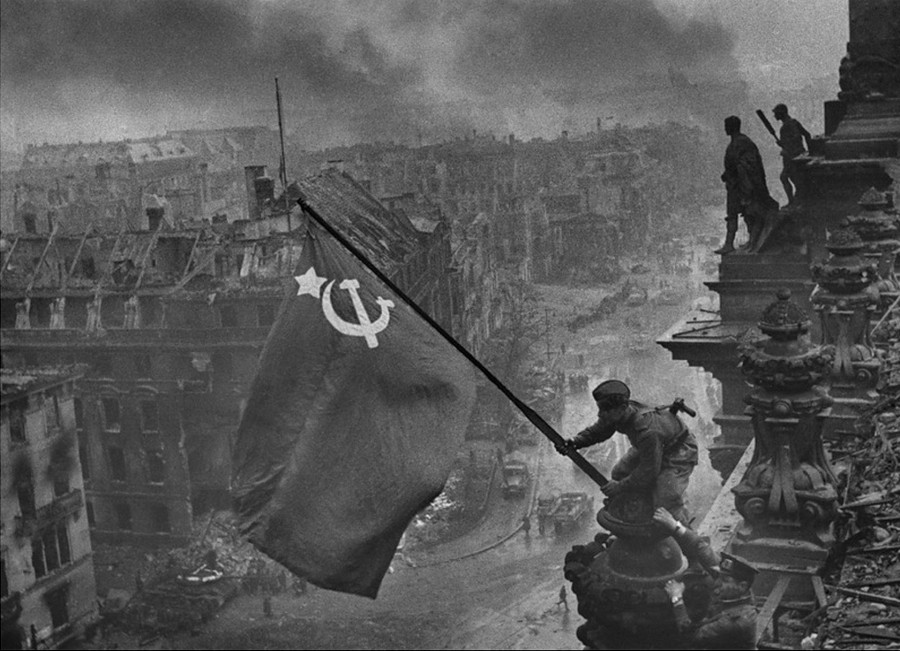 Судьба человека. История тех, кто водрузил знамя Победы над Рейхстагом.