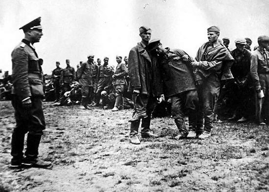 Попавших в плен во время великой отечественной войны