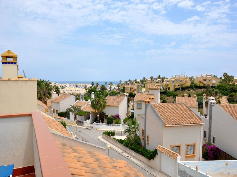 Properties Albenga Cabo Roig