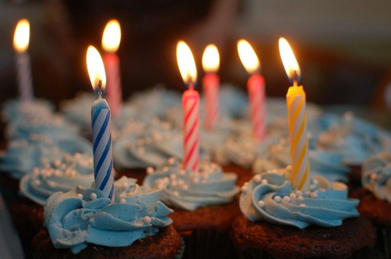 Пирожные на День рождения. Источник: pixabay.com