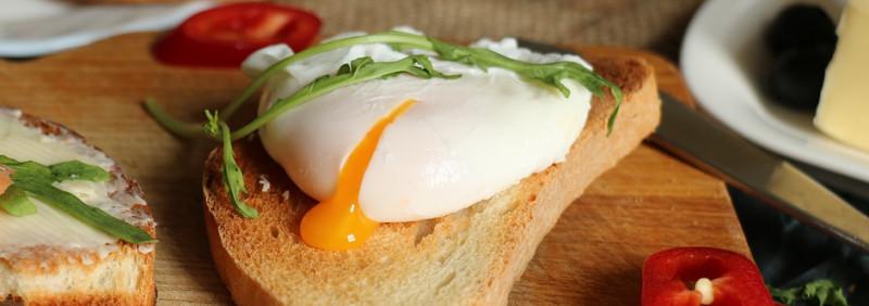 Бутерброд с яйцом пашот. Источник: pixabay.com
