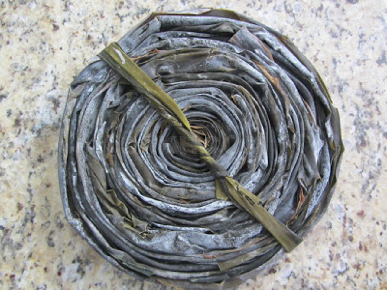 «Смотка» морской капусты. Источник: sakh.com
