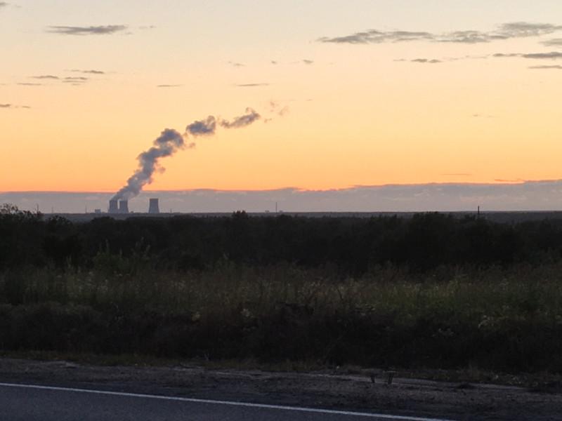 Ленинградская атомная электростанция на закате